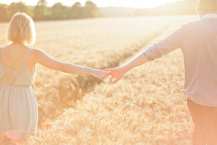 Love Session dans les champs de blé Love Session M&W dans les champs de blé 27 - Blog Mariage