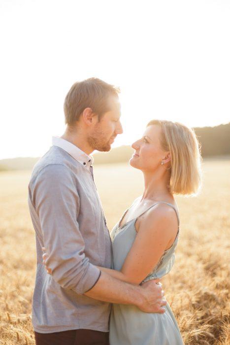 Love Session dans les champs de blé Love Session M&W dans les champs de blé 29 - Blog Mariage