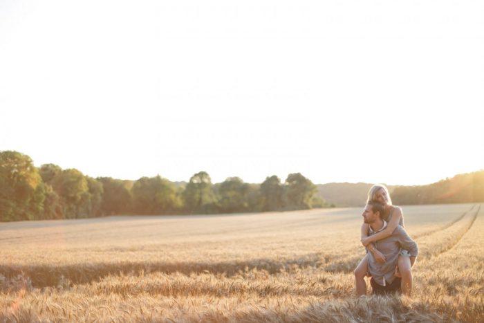 Love Session dans les champs de blé Love Session M&W dans les champs de blé 51 - Blog Mariage