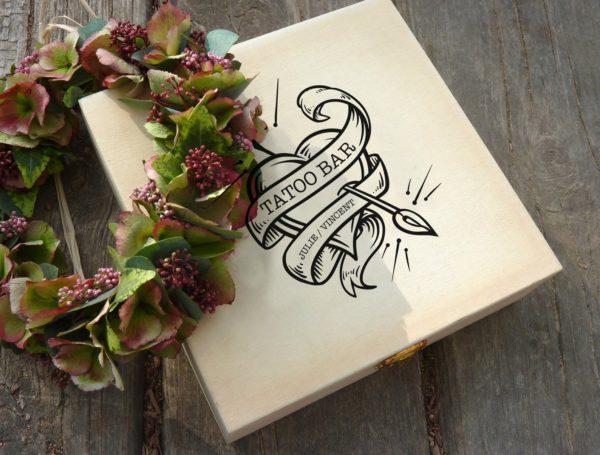 Coffret bois tatouage 1 - Blog Mariage